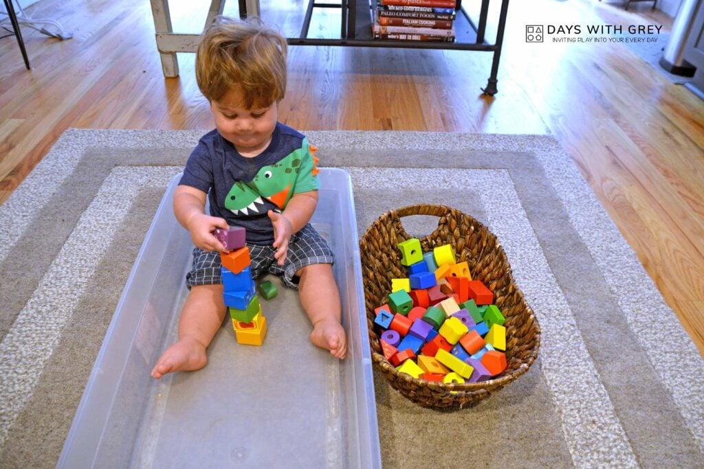 Toddler sensory bin