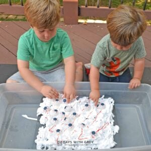 Halloween Messy Sensory Play