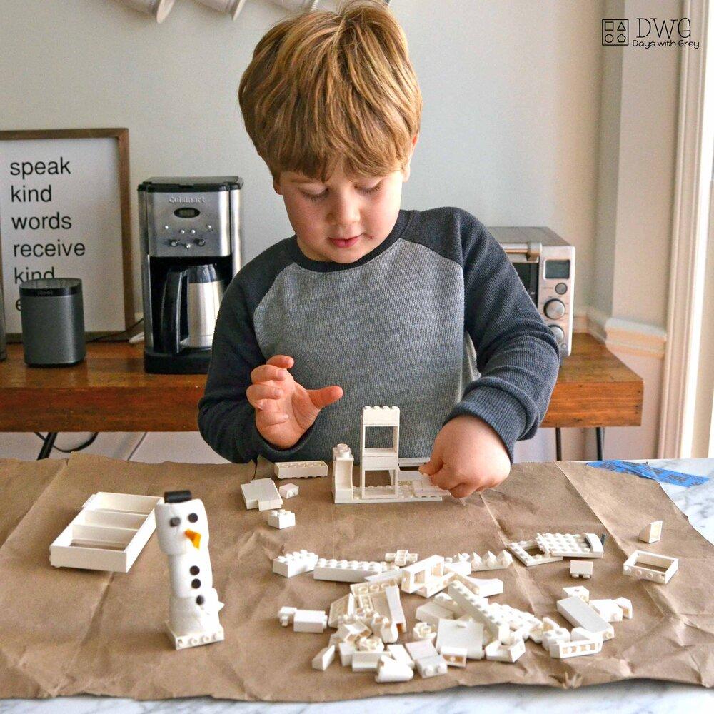 Build a snowman house