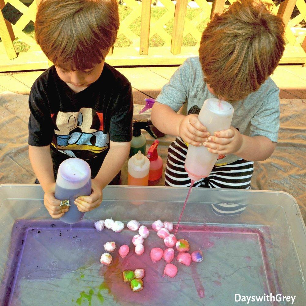 fine motor sensory play