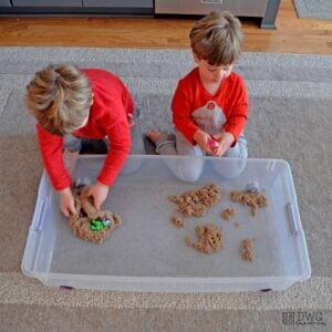 Kinetic Sand Pup Play