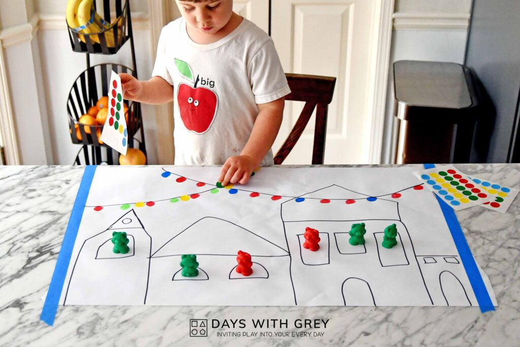 Fine motor holiday activity