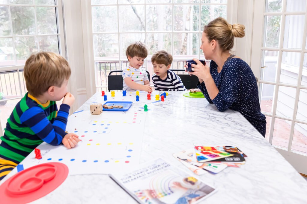 Online course for parents of preschoolers to learn through play based, hands-on learning