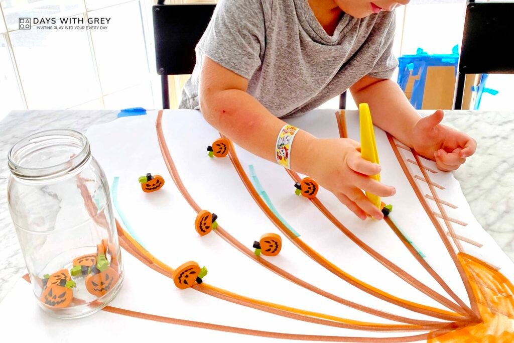 indoor fall activity for preschoolers